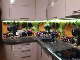 Акция! Изготовление стеклянных фартуков для кухни