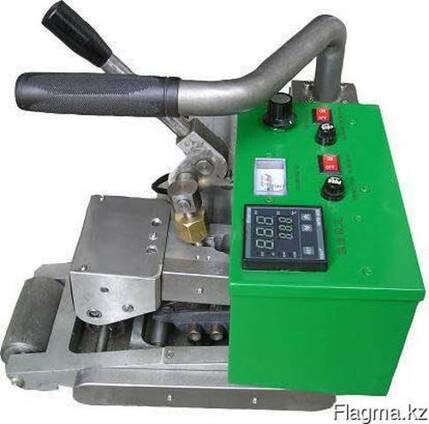 Аппарат для сварки геомембран LST 900 (горячего клина)