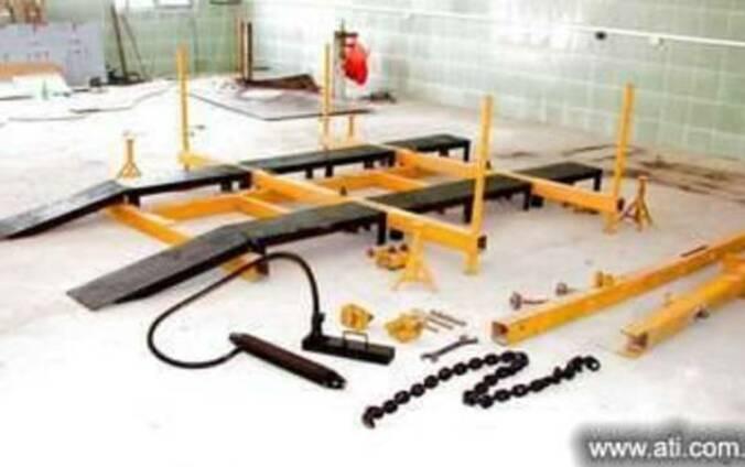 Авторобот (стапель для кузовного ремонта)