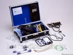 Чемодан первой медицинской помощи для взрослых и детей - фото 1