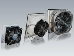 EBM Фильтрующий вентилятор 160м³/ч 250x250 mm 45 W