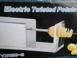 Электрический аппарат, спиральные чипсы на палочке. В Усть-