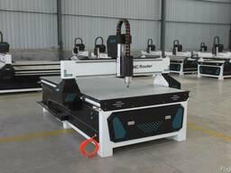 Фрезерно-гравировальный станок с ЧПУ 1300*2500 мм, 3, 2 кВт