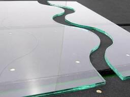 Изготовление и монтаж изделий из стекла