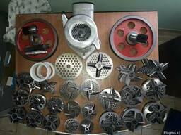 Комплект ножей и решеток к промышленной мясорубке МИМ600.