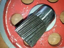 Комплект шестерен редуктора к промышленной мясорубке МИМ600.