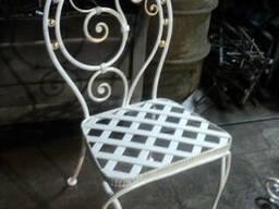 Кованые стулья, табуретки