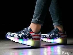Кроссовки на роликах LED