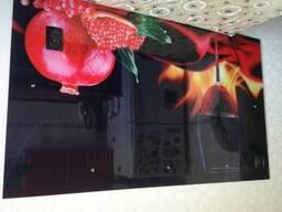 Кухонные фартуки из стекла с фотопечатью в Петропавловске.