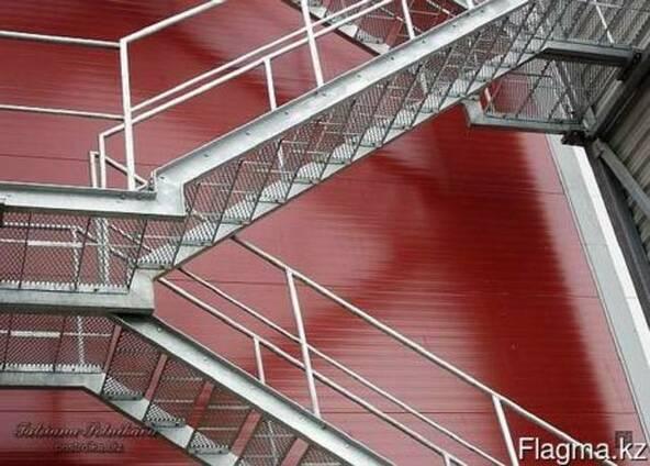 Лестницы маршевые с площадками и опорами