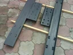 Монтажное основание для консольных ворот