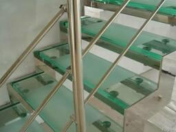 Перила и лестницы из стекла