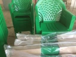 Пластмассовые столы и стулья - фото 5