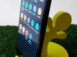 Подставки для телефонов из дерева