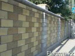 Покраска сплитерных и бетонных заборов.