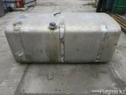 Продам топливный бак V - 650 литров