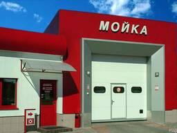 Промышленные секционные ворота для автомоек и СТО