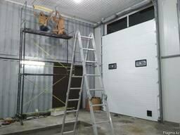 Промышленные секционные ворота с монтажом