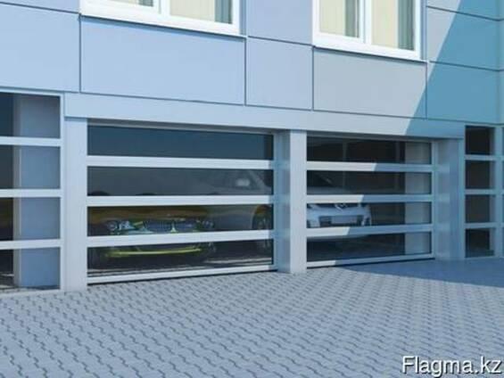 Промышленные секционные ворота с панорамным остеклением