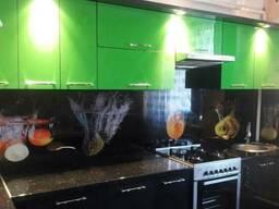 Стеклянные фартуки с печатью для кухни