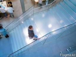Стеклянные лестницы и перильные ограждения - фото 3