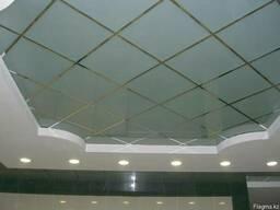 Стеклянные и зеркальные потолки