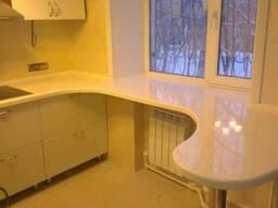 Столешницы и фартук из искусственного камня для кухни