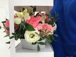 Свежие Цветы в коробке! Доставка. Низкие цены. Звоните!