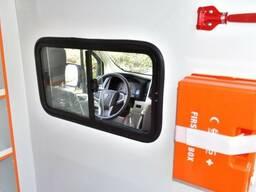 Toyota Hiace high roof GL 2.8l turbo diesel Ambulance - фото 5