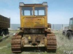 Трактор бульдозер гусеничный Т130