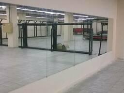 Установка зеркал больших форматов