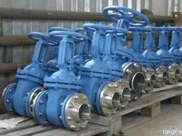 Задвижки стальные,чугунные фланцевые, ДУ от 50мм до 800мм.