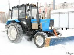 Здам в аренду трактора с щеткай и отвалом для чистки снега